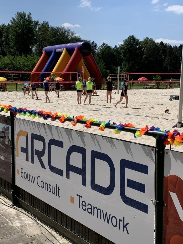 King of The Beach 2021 border - Arcade Bouw Consult
